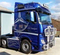 Bilindpakning_og_wrapping_lastbiler_William_Skilte