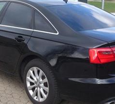 William Skilte tilbyder solfilm til for eksempel biler, som har til formål at afskærme bilen for UV og varme