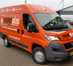 Bilindpakning_og_wrapping_varebiler_firmabiler_William_Skilte